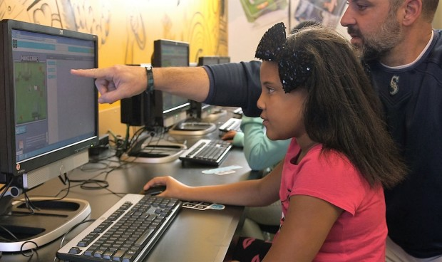 Microsoft and Code.org using Minecraft to teach kids to code