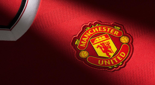 Manchester United seeks to acquire first eSports team